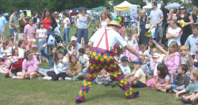 THE FAVOURITE CHILDREN ENTERTAINER LONDON